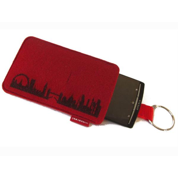 London Sleeve. wine red